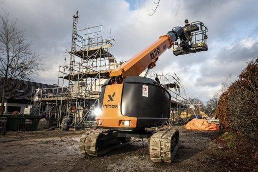 Rhinox RX12CS hoogwerker op bouwterrein