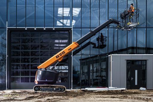 De RX12CS hoogwerker actieshot